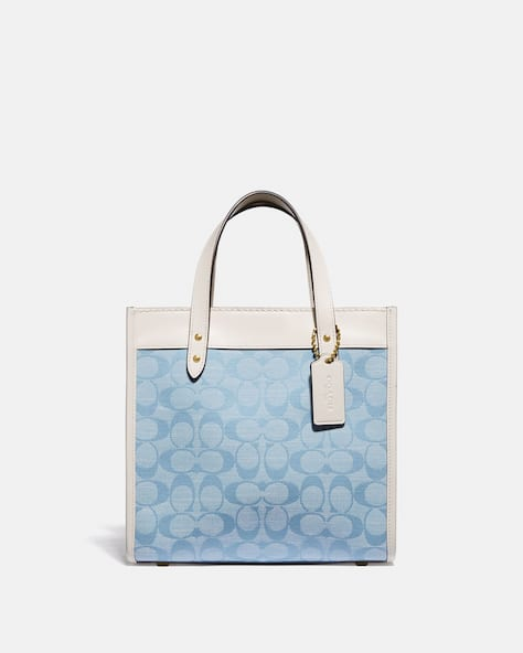 Field Tote 22 In Signature Chambray
