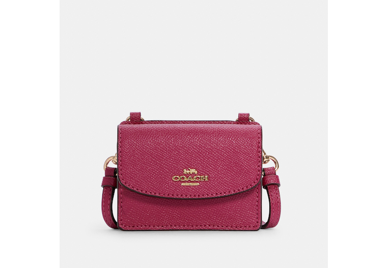 Coach: Flap Card Case On Lanyard $38.40 (70% off)