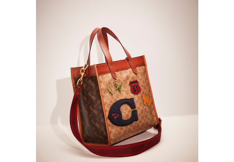 Upcrafted Field Tote In Signature Canvas With Horse And Carriage Print image number 0