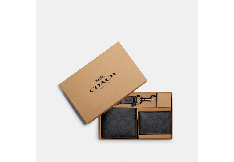 Boxed 3 In 1 Wallet Gift Set In Signature Canvas image number 0